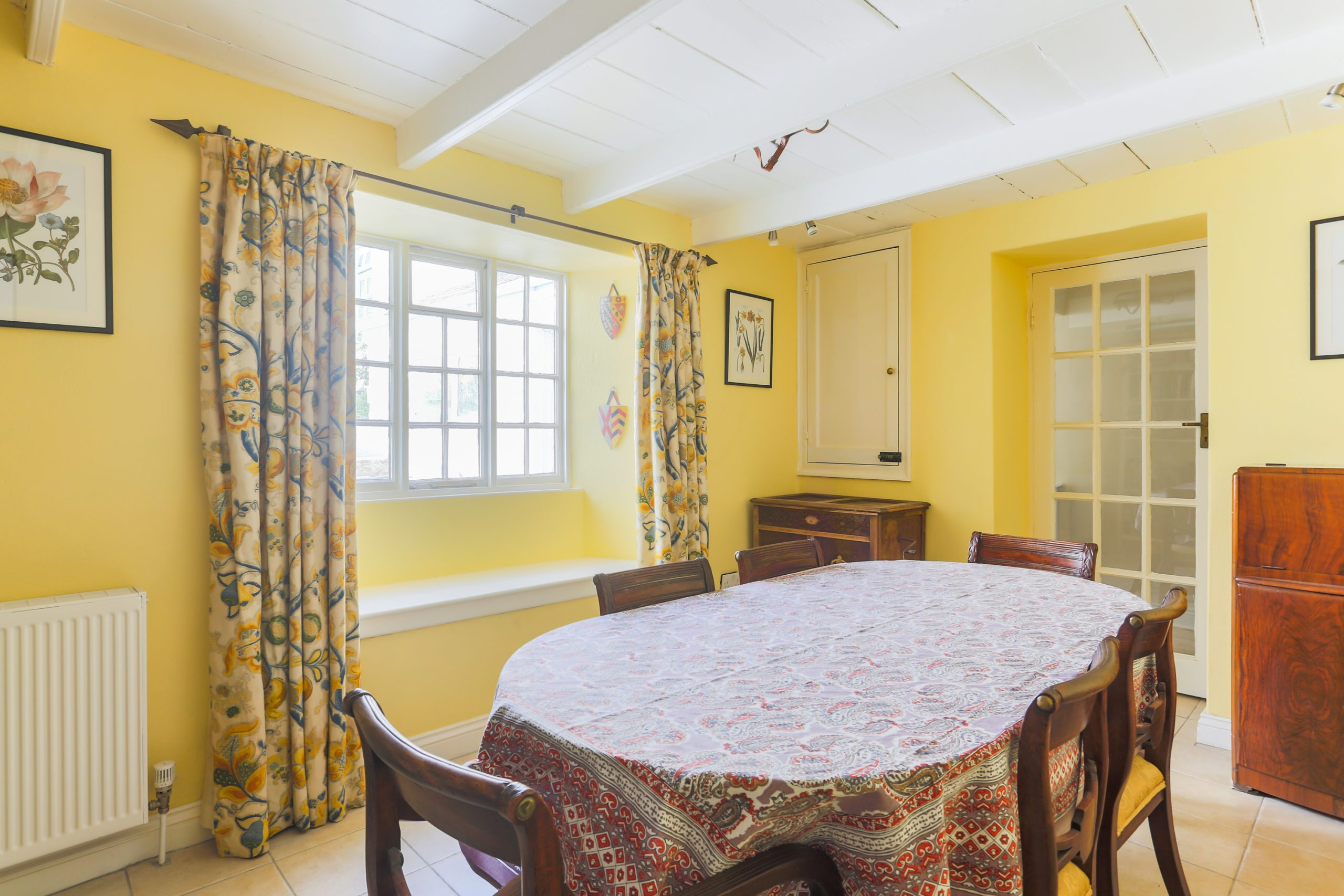 Providence Cottage Dining room 1